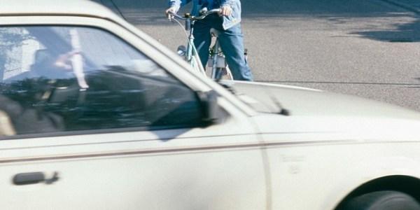 Kind flüchtet nach Unfall an der Mondstraße