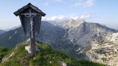Marterl am Gipfel des Hochlafeld