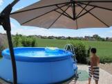 Schatten am Pool