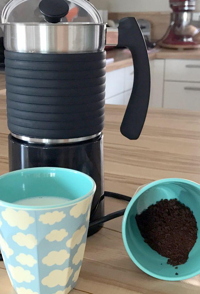Milchschaum mit dem KOENIC Milk Frother - lecker!