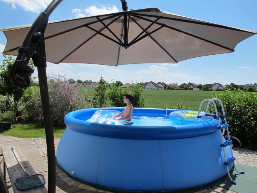 INTEX Pool aufbauen