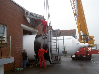 Aufladen des neuen Kleinen Preußen bei BBS Montagebau in Dorum