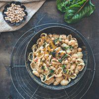 Pasta mit Mangold und Kichererbsen