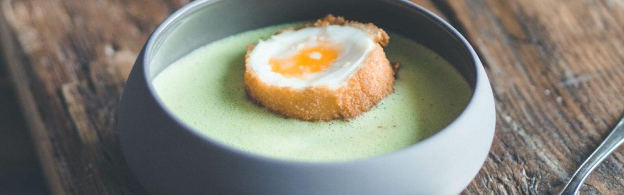 Bärlauch Suppe mit Ei
