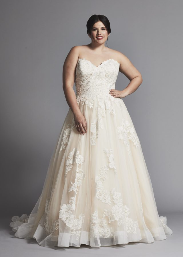 strapless a-line lace wedding dress with horsehair trim | kleinfeld bridal