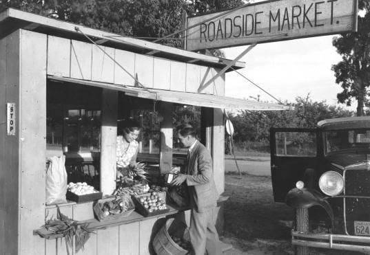 old farmer market