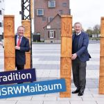 Hochschule: 4 alte weiße Männer zeigen ihr Stück Maibaum