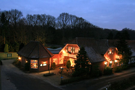 Vorweihnachtliche und harmonische Stimmung im Waldhaus Dicks