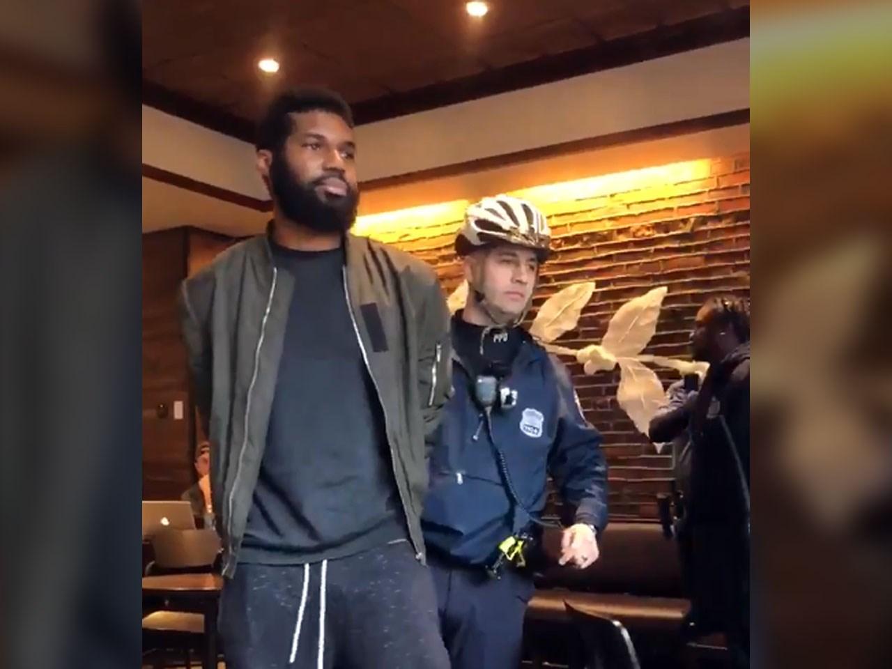 Starbucks arrest_1524067612894.jpg.jpg
