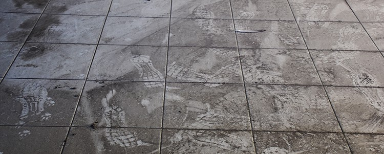 remove grout haze on a new tile floor