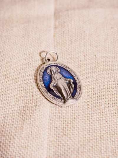 Wundertätige Medaille (lateinische Beschriftung)