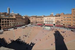 Sicht auf den Muschelplatz vom Torre del Manglia