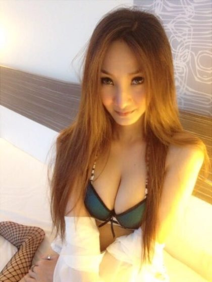 KL Escort - Vava - Model Outlook