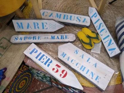 Mare Cambusa Piscina Sala Macchine Sapore di Mare Pier 39 Insegna Freccia Targa Legno Reused Recycled Vintage Retrò - KMV Home Store stocKMarket