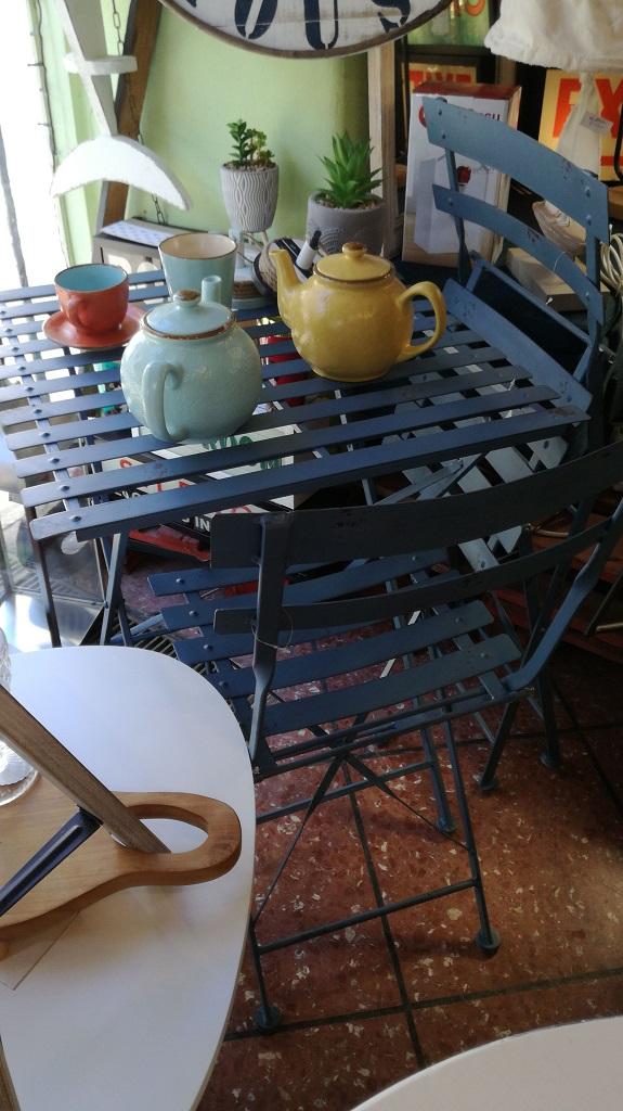 Set Bistrot Shabby Richiudibile Tavolo 2 Sedie Azzurro Metallo - KMV Home Store stocKMarket