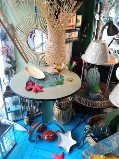 Tavolo Cactus Tondo Metallo Lampada Intreccio Fiore Specchio Rosone Tondo Rattan - KMV Home Store stocKMarket