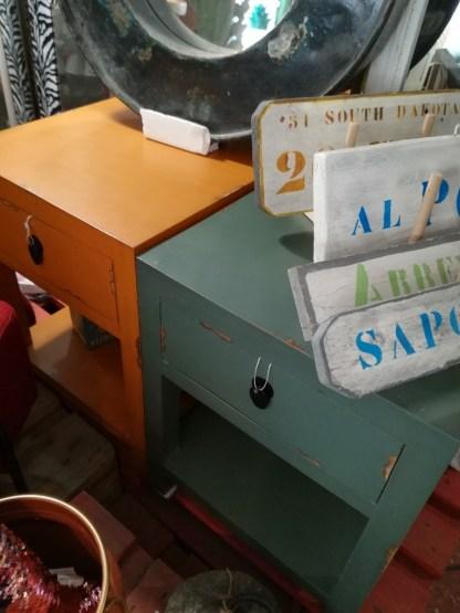 Comodino 1 Cassetto 1 Ripiano Shabby Caramello Salvia - KMV Home Store stocKMarket