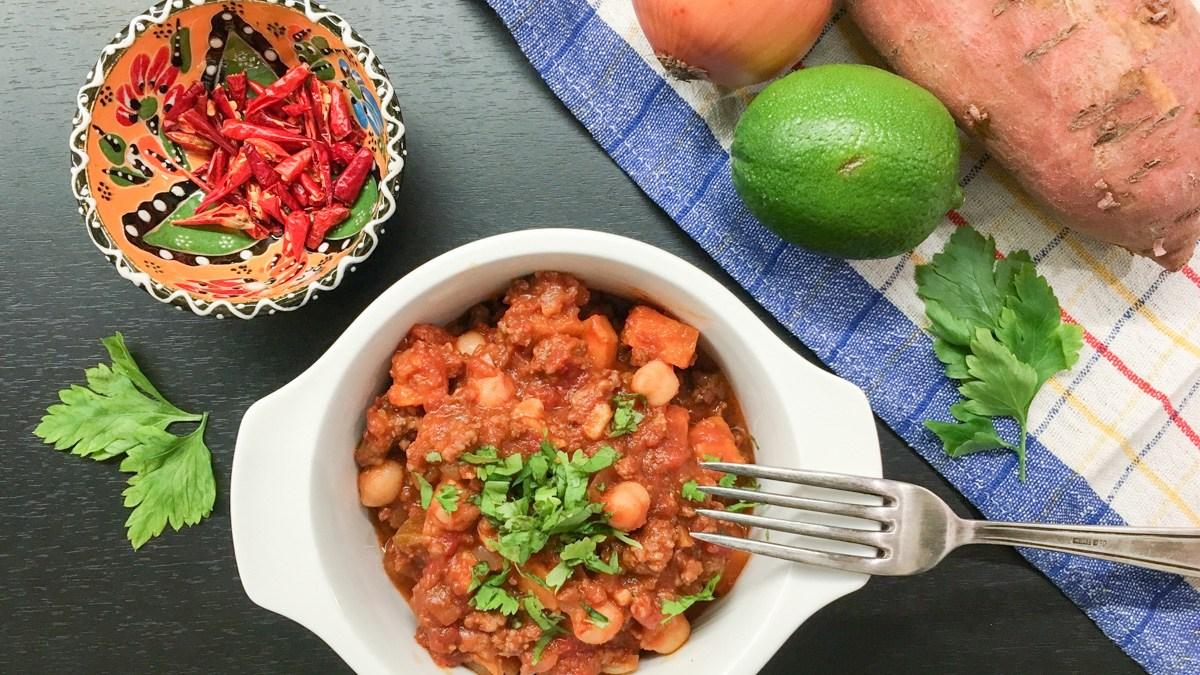 (Nejen) Nízkosacharidový recept – Batátové chilli con carne