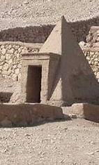 pyramidtours1