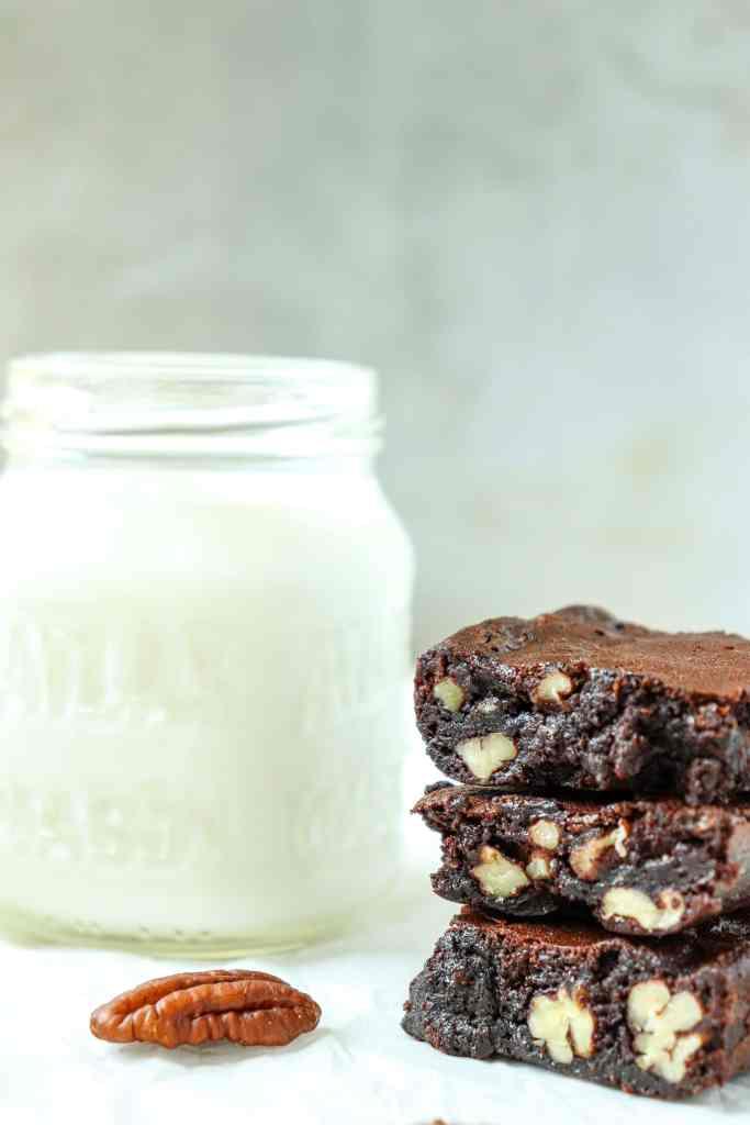 Flourless Pecan Brownies {gluten free}