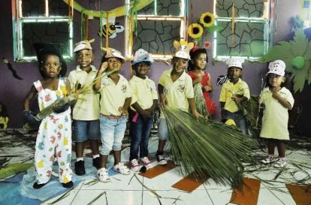 Ook de kleintjes van kinderdagverblijf Montaña hebben deze speciale dag gevierd met het thema jungle.