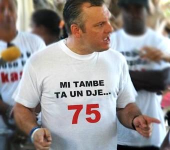 Grupo Lawaai blijkt gedecimeerd tot enkele tientallen beroepsdemonstranten.
