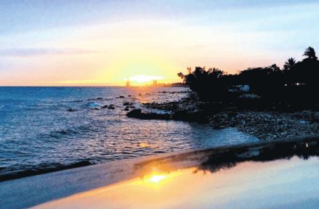 Gloednieuw boorschip 'Rowan Relentless' siert de horizon  | Foto Marija Stojanovic