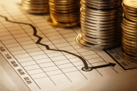 Economie en staatsschuld groeien door overheidsuitgaven