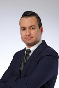 Karim Aachboun, ontslagen fiscalist van KPMG Meijburg, deed aangifte van discriminatie, bij artikel Bart Mos