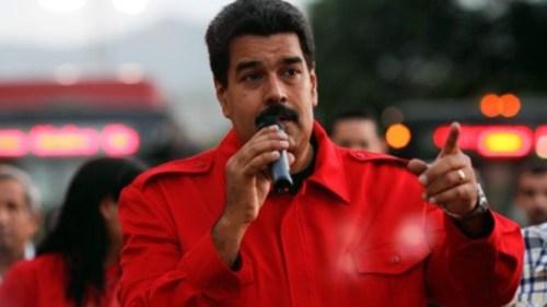 Na intimidatie van Aruba en Curacao trachtte Maduro uitlevering te voorkomen door Maduro - het luchtruim werd gesloten en oorlogs-schepen stoomden op - gaf Den Haag de opdracht Carvajal vrij te laten.