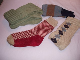 The socks on the right are the seamed ones!