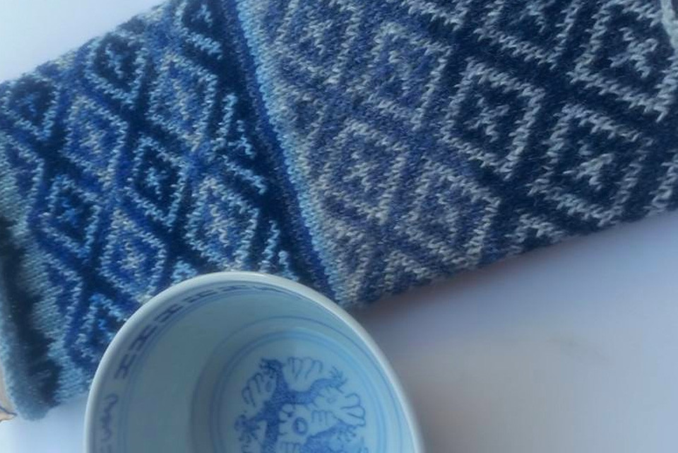 """I have a set of four white and blue bowls in the cupboard and every time I see the pattern around the rim it makes me think how suited it would be as a Fair Isle pattern"" _ Bev, who has been swatching her beautiful ceramic bowl and who is now making mitts!"
