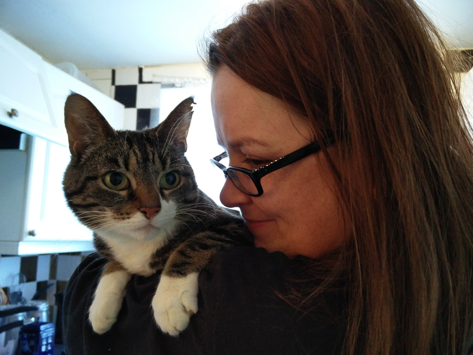 Louise Scollay and the very aloof Podcat, Jeremyjean