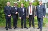 Jörg Martienßen, Kirchenpräsident Dr. Volker Jung, Detlev Knoche, Jean Felix Belinga-Belinga, Polizeipräsident Andreas Jung (Foto: Zentrum Oekumene - Bohländer)