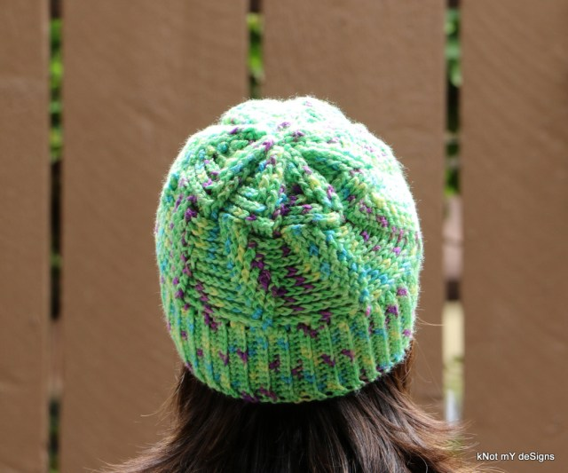 Winter/Fall Seasoned Crochet Pista Twisted Hat Free Pattern for an adult woman - kNot mY deSigns