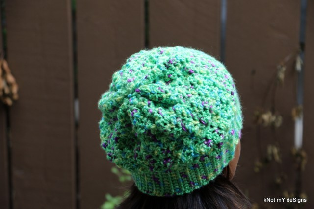 Winter / Fall Seasoned Crochet Pista Slouchy Beanie Free Pattern for an adult woman - kNot mY deSigns