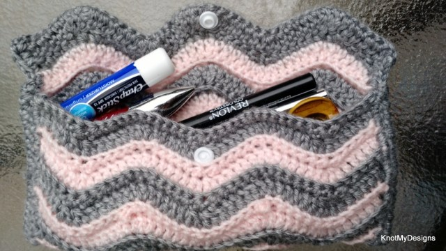 Free Crochet Ripple Ladies Handbag Pouch Pattern with button closeup- Knot My Designs