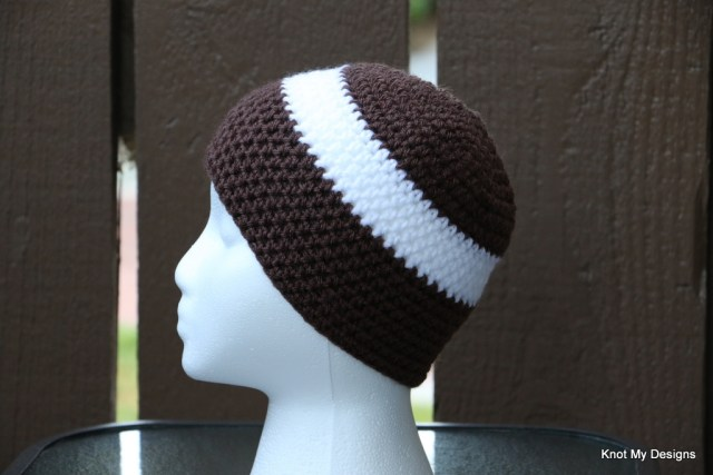 Winter/Fall Seasoned Crochet Baby Football Cocoon Free Pattern - Head defined - Knot My Designs