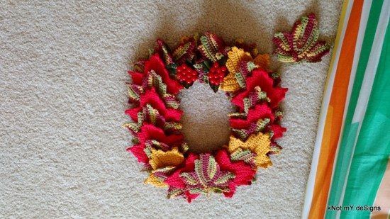 Crochet Fall Season Maple Wreath Free Pattern - Knot My Designs