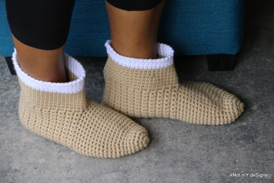 Winter/Fall Seasoned Crochet Skinny Boots Slippers/Socks Free Pattern for an adult woman - kNot mY deSigns
