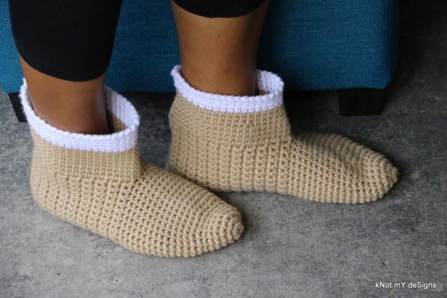 Winter/Fall Seasoned Crochet Skinny Boots Slippers/Socks Free Pattern for an adult woman - kNot mY deSigns