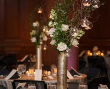 Gold Vase Elevated Centerpieces