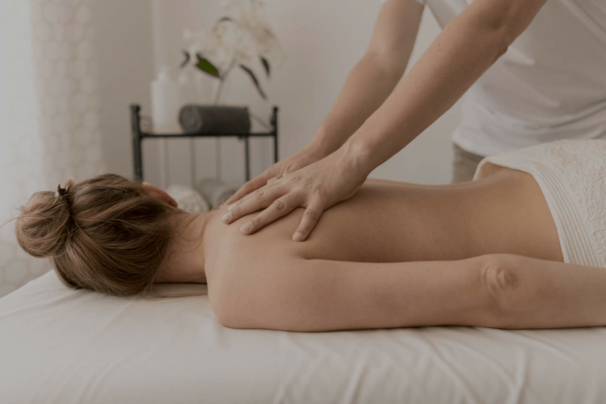 Knots in Knead Professional Massage Therapy Near Crows Nest