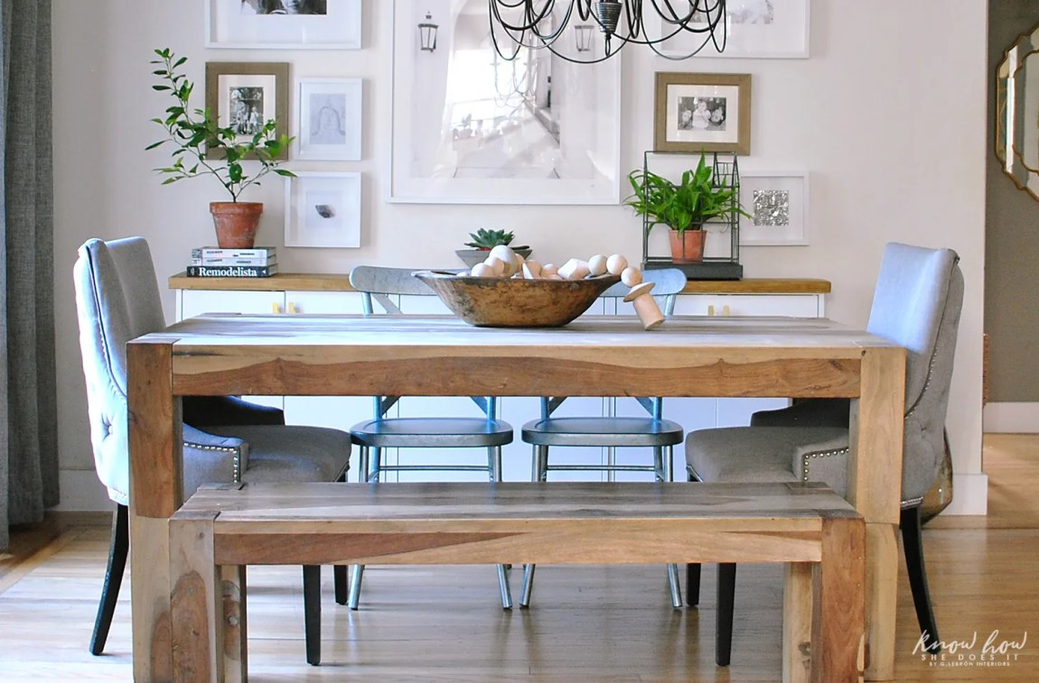 simple dining room decor for a transitional season