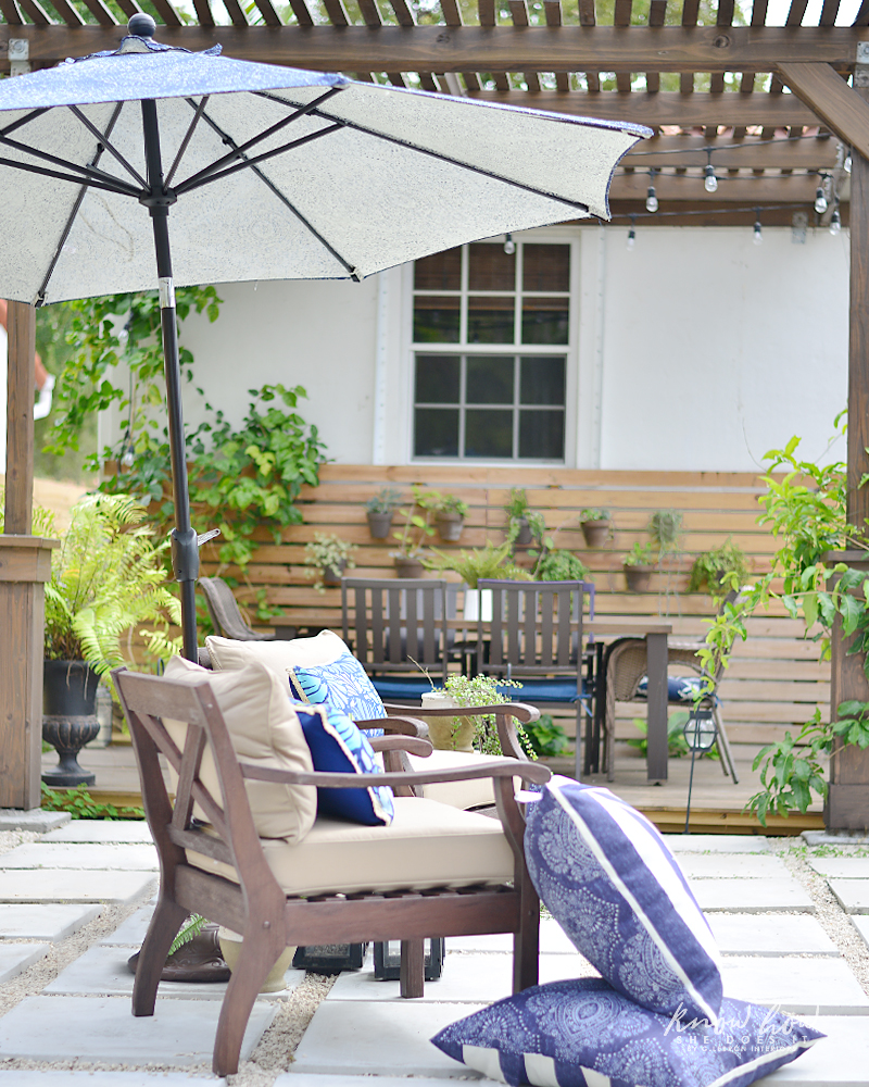 Colorful mix and match outdoor patio pieces 4