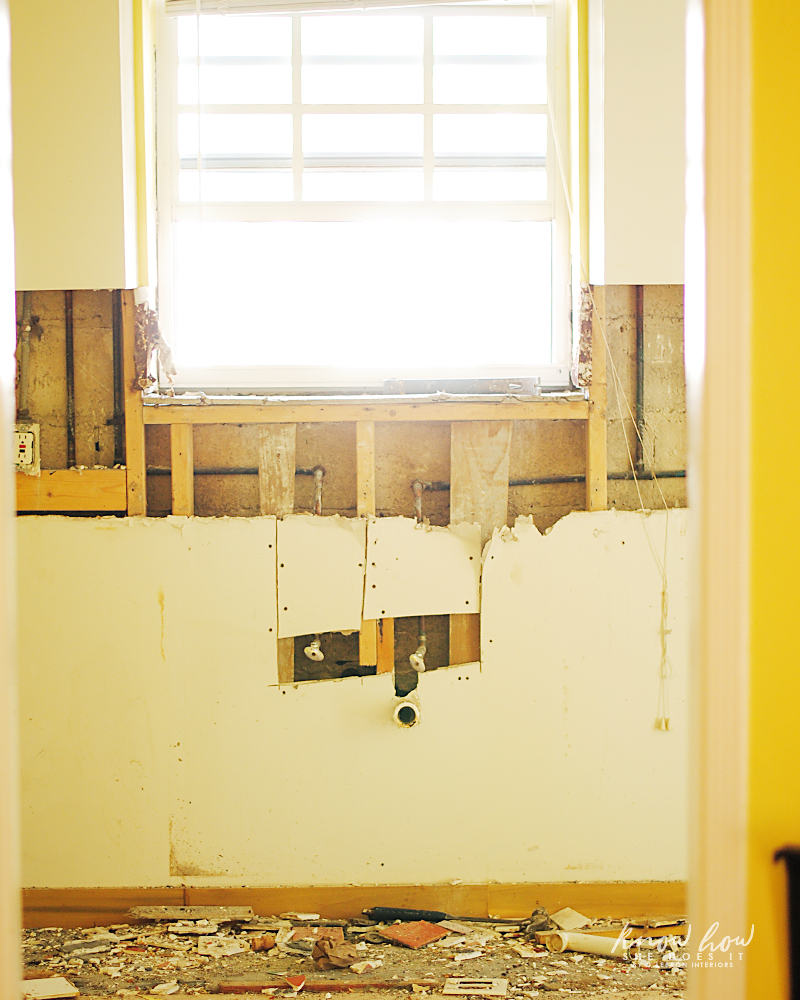 Revamping an old kitchen - Know How She Does It