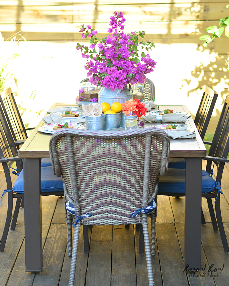 Bringing simple spring decor to outdoor entertaining Full Table 2