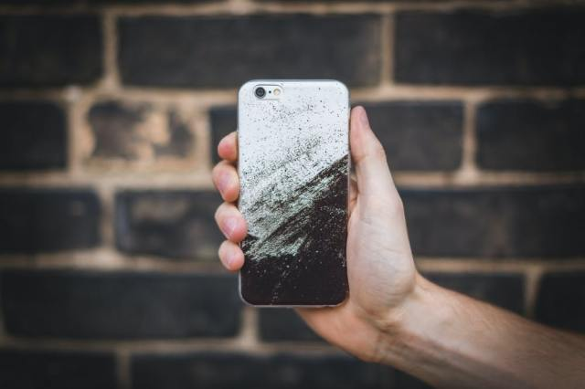 how to start a phone case business