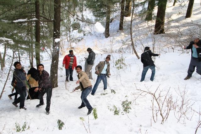 Best Vacation Spots in Pakistan Murree in winter