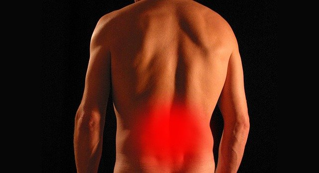 What are the treatment options for sciatica pain?